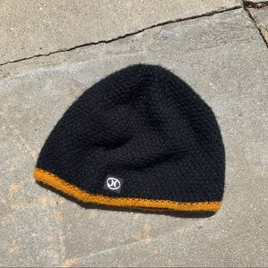 Hurley Black Knit Beanie with yellow stripe